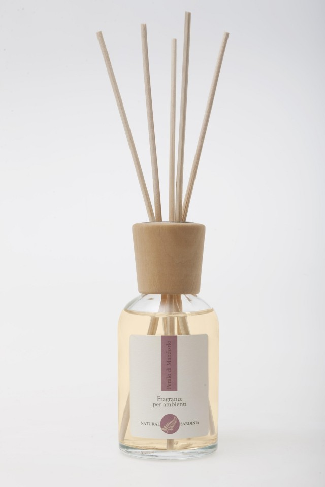 NATURAL SARDINIA - PETAL OF ALMOND - PETALO DI MANDORLO 100,0 ML